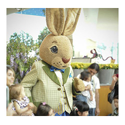 Mall Easter Bunny to Host Brunch for Sick Kids