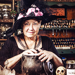 Meadowhall Hacks Halloween in Witches' Kitchen